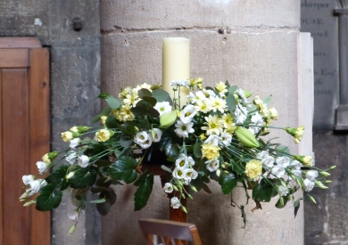Main body of church Easter 2015 (13)