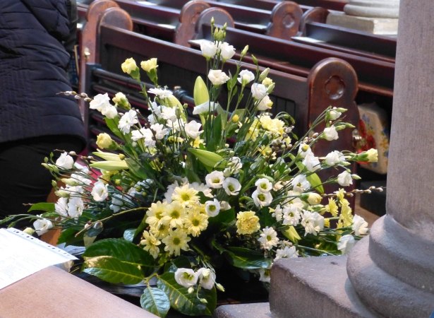 Main body of church Easter 2015 (8)