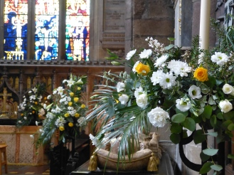 Sanctuary Easter 2015 (14)
