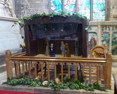 Nativity & Tree Christmas 2015 (2)