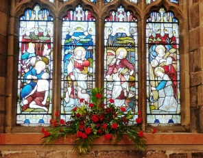 Nave Window Christmas 2015 (2)