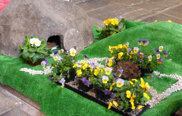Sanctuary Easter 2016 (9)